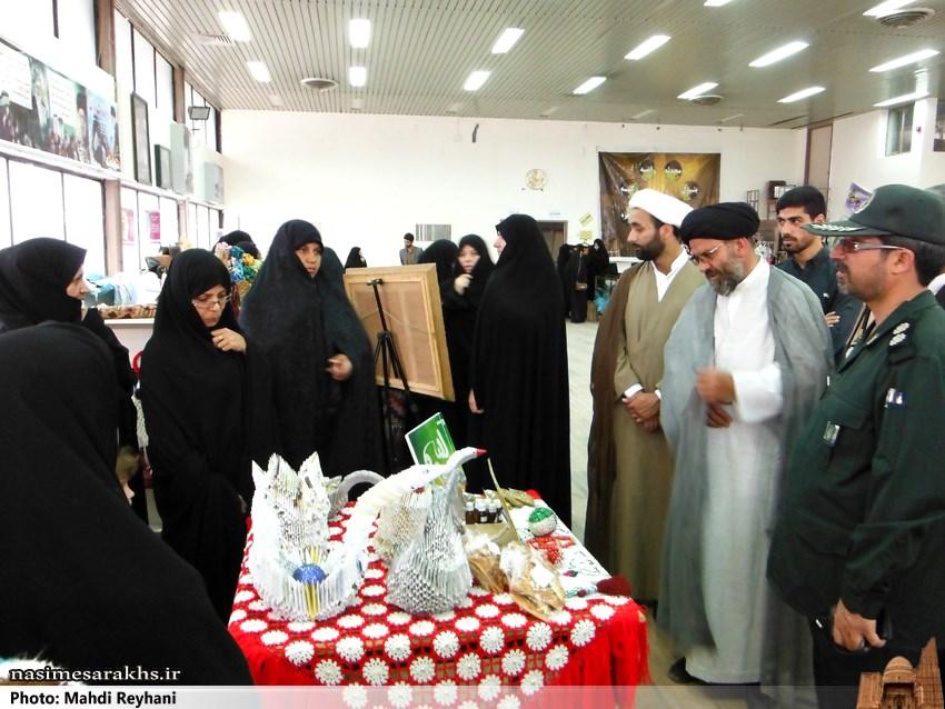 گزارش تصویری/ نمایشگاه توانمندی های بانوان بسیجی شهرستان سرخس
