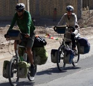 ورود ۵ توریست دوچرخه سوار لهستانی به سرخس