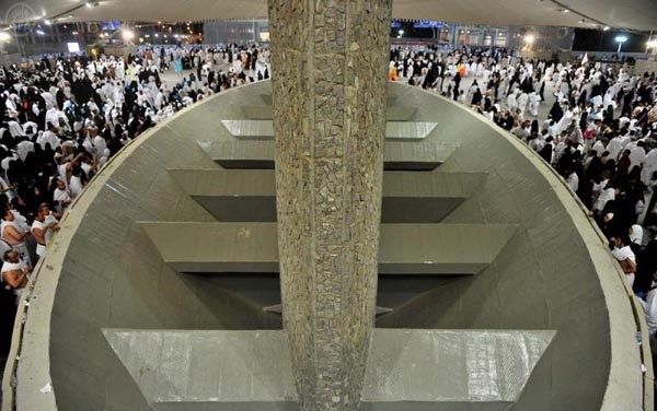 «تجارت مرگ» آل سعود در رمی جمرات