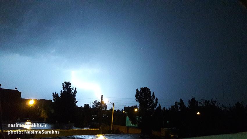 رعد و برق های مهیب در شهرستان سرخس (2)