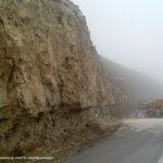 ریزش کوه در گردنه شورلق سرخس مسدودی نداشته/ تمامی محورهای مواصلاتی شهرستان سرخس باز است