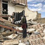 خدمت رسانی گروه جهادی سپاه سرخس در روستای زلزله زده زراعی سرپل ذهاب (۱۶)