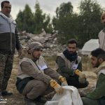 خدمت رسانی گروه جهادی سپاه سرخس در روستای زلزله زده زراعی سرپل ذهاب (۳۵)
