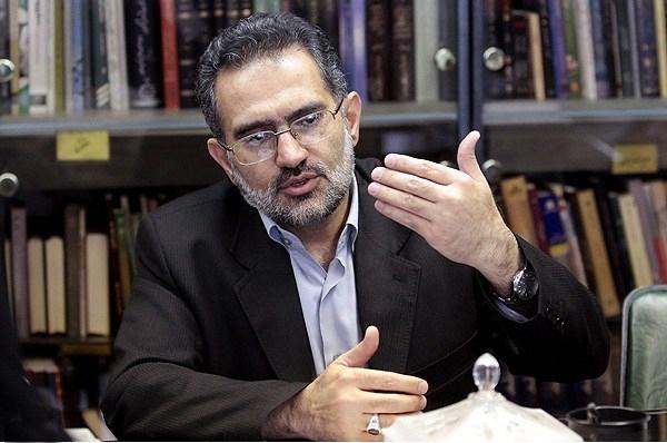 مسئولان، جلوگیری از واردات بیرویه و قاچاق کالا را وظیفه قانونى و شرعى خود بدانند/ شعار «حمایت از کالای ایرانی» باید گفتمان غالب شود
