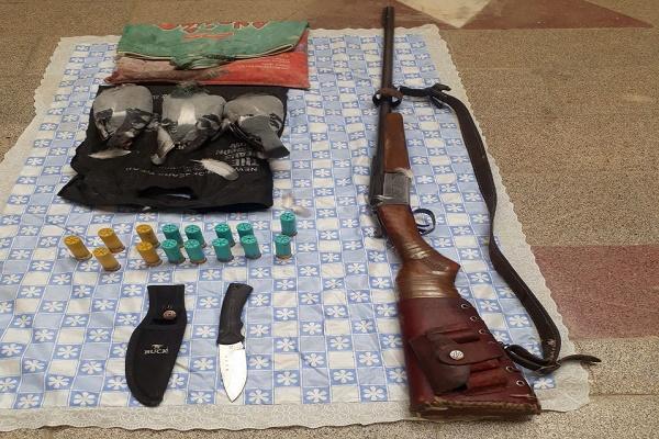 دستگیری صیاد پرندگان وحشی توسط مرزبانان سرخس