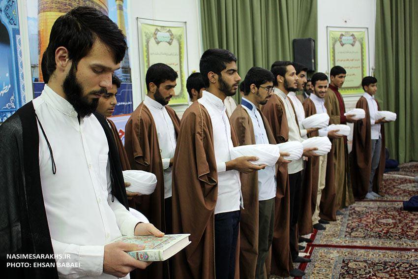 مراسم عمامه گذاری طلاب حوزه علمیه سرخس+ تصاویر