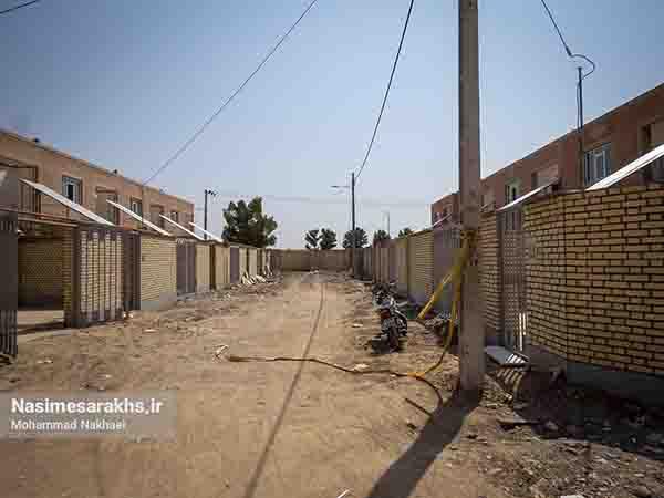 نبود اداره راه و شهرسازی در سرخس و نظارتی که از استان انجام می شود