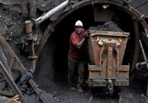 کارگران معدن آق دربند سرخس ۹ ماه حقوق معوقه دارند
