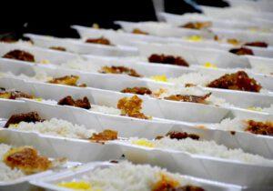 توزیع ۸۰۰۰ پرس غذای گرم در طرح «مرد میدان» بین نیازمندان سرخس